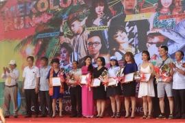 Hỗ trợ y tế lễ hội chạy bộ sắc màu ABG5-Mekolor Run Đà Nẵng 2016